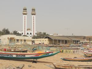 Ouakam, a fishing village in the heart of the city, with a spectacular mosque...